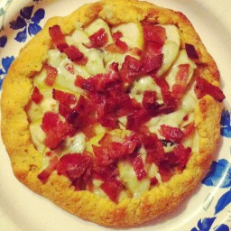 Bacon & Blue Cheese Dinner Pies
