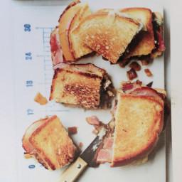 Bacon-Blue Cheese sandwhiches