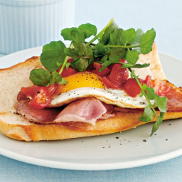 Bacon, egg and balsamic tomato baguettes