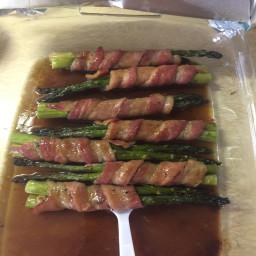 bacon-wrapped-asparagus-c0648be1061080a38cc0e60a.jpg