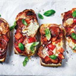 Baguette pizza melts