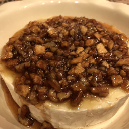 baked-brie-camembert-with-appl-762284.jpg