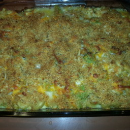 Baked Macaroni and Cheese with Chicken and Broccoli