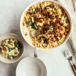 Baked Macaroni and Cheese With Kale and Great Northern Beans
