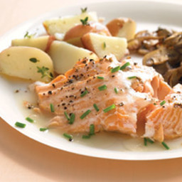 baked-salmon-with-white-wine-sauce.jpg