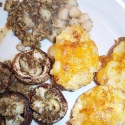 baked-scallops-and-mushrooms-in-gar-3.jpg