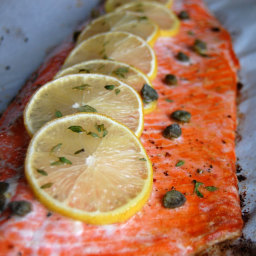 Baked Salmon with Lemon and Thyme