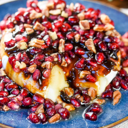 Balsamic Jalapeño Pomegranate Brie Cheese Appetizer