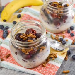 Banana-Berry Overnight Oats