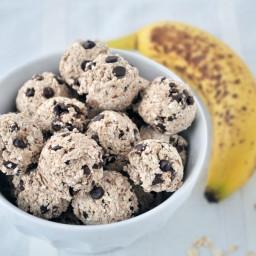 Banana Chocolate Energy Bites