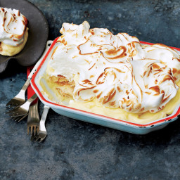 Banana Meringue Pudding