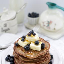 Banana Nut Blender Pancakes