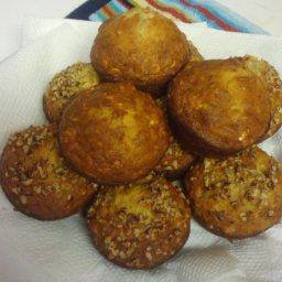 banana-oatmeal-muffins-2.jpg