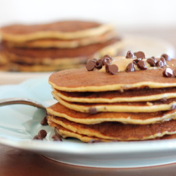 Banana, Peanut Butter and Chocolate Chip Protein Pancakes