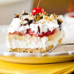 Banana Split Dessert - Emmy Peters