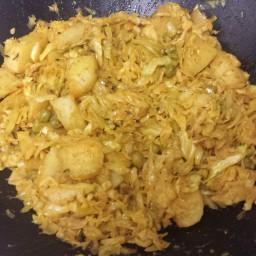 Bandhakopir Ghonto (Dry cabbage preparation)