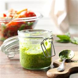 basil-amp-parsley-pesto-1966290.jpg