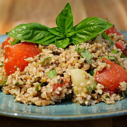 Basil and Bulgar Salad (aka Pesto Tabouli) | Recipe from FatFree Vegan Kitc