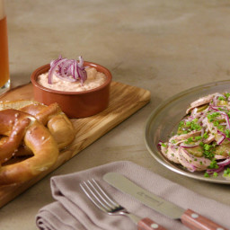 Bayrischer Wurstsalat und Obazda
