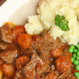 Beef and vegetable stew with mustard mash