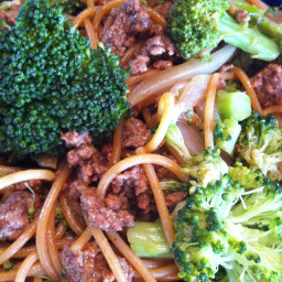 Beef with Broccoli & Lo Mein