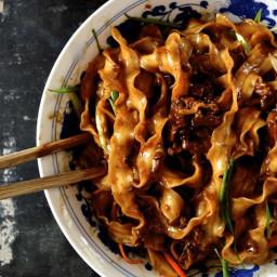 """Beijing """"Fried Sauce"""" Noodles – Zha Jiang Mian"""