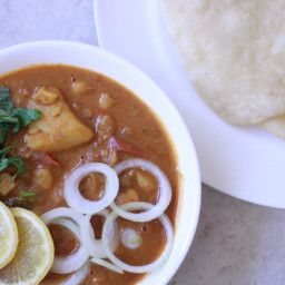 Best Chole Bhature Recipe | Authentic Punjabi Chole Bhature Recipe