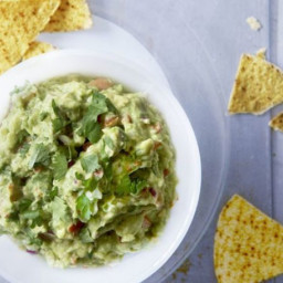 Best ever chunky guacamole
