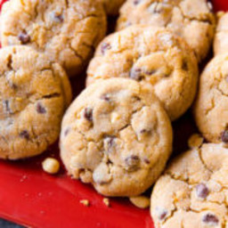 Big Bakery-Style Peanut Butter Chunk Cookies