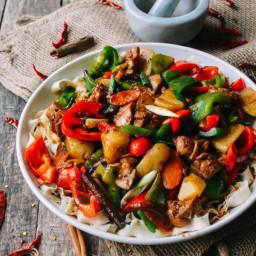 Big Plate Chicken w/ Noodles