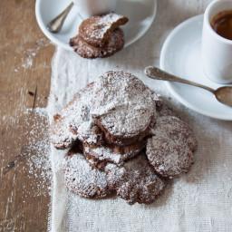 Biscotti con nocciole e farina di orzo