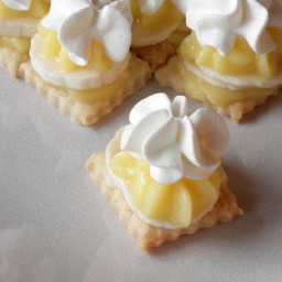 bite-size-banana-cream-pie.jpg