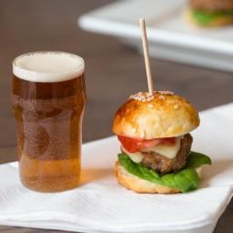 bite-sized-burgers-2593144.jpg