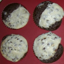 black-bottom-cupcakes-2.jpg
