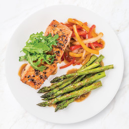 Black Pepper Salmon with Peppers and Onions