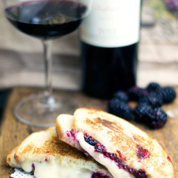 Blackberry and Brie Grilled Cheese Sandwich