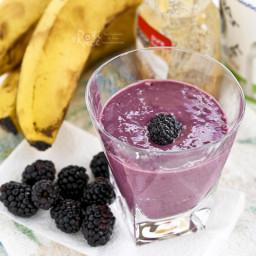 Blackberry Banana Smoothie