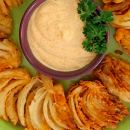 Blooming Onion Wedges