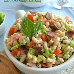 BLT Pasta Salad With Herb Ranch Dressing