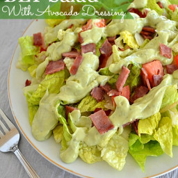 BLT Salad With Avocado Dressing