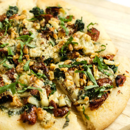 Blue Cheese, Spinach and Sun Dried Tomato Pizza (Gluten Free, Vegetarian)