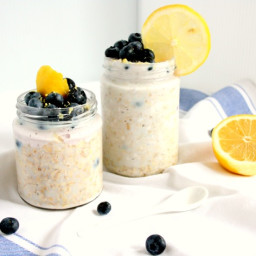 Blueberry Lemon Cheesecake Overnight Oats