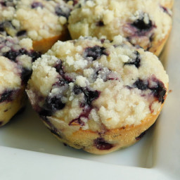 Blueberry lemon crumble muffins