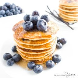 Blueberry Vanilla Bean Almond Pancakes (Paleo, Low Carb)
