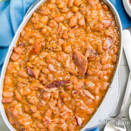 Bourbon and Brown Sugar Baked Beans {with Candied Bacon}
