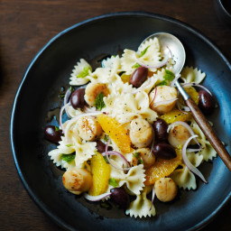 Bow-Tie Salad with Scallops, Black Olives, Oranges, and Mint