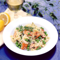Bow Ties with Salmon and Peas