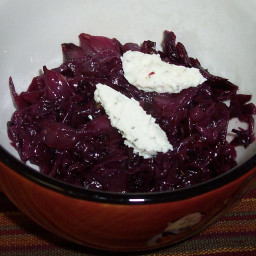 Braised Cabbage and Goat cheese (more simple)