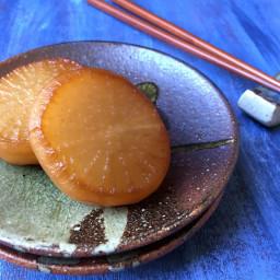 Braised Daikon Radish Daikon no Nimono