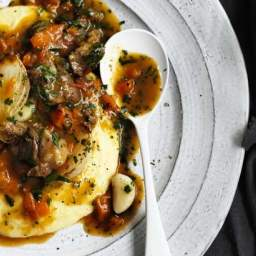 Braised lamb necks, pearl onions and garlic